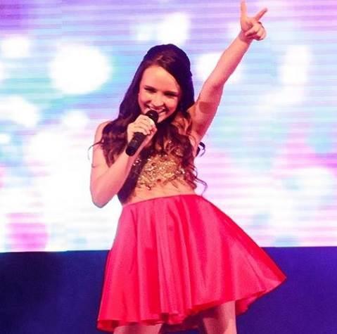 Larissa Manoela faz show em Aracaju pela primeira vez a1bdb71ebc